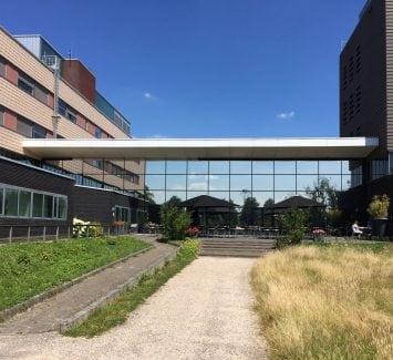 LLumar warmtewerende glasfolie-Alrijne Ziekenhuis te Alphen aan den Rijn