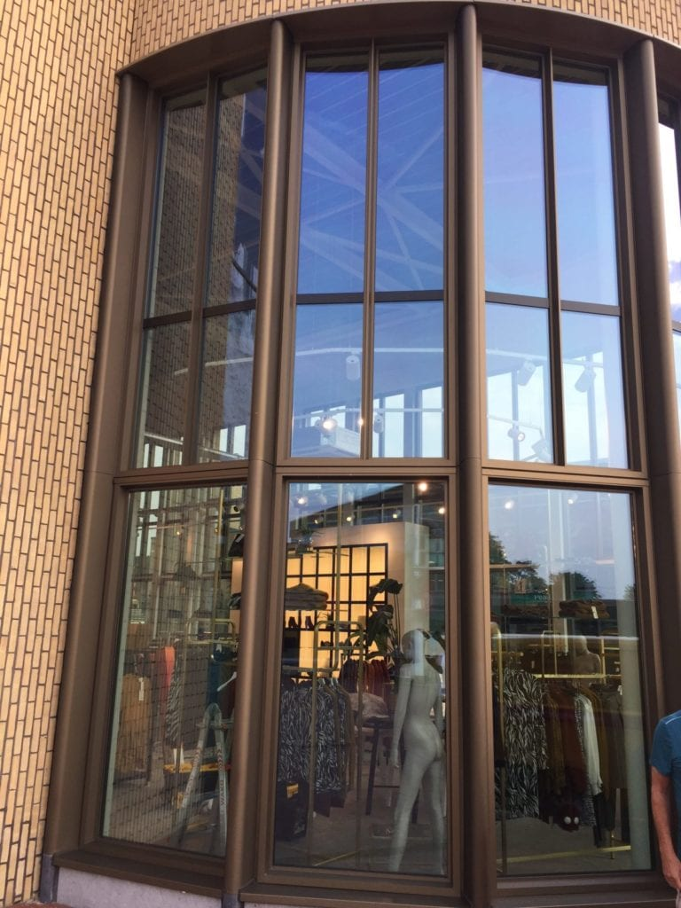 LLumar UV-werende glasfolie - Anna van Toor te Bilthoven