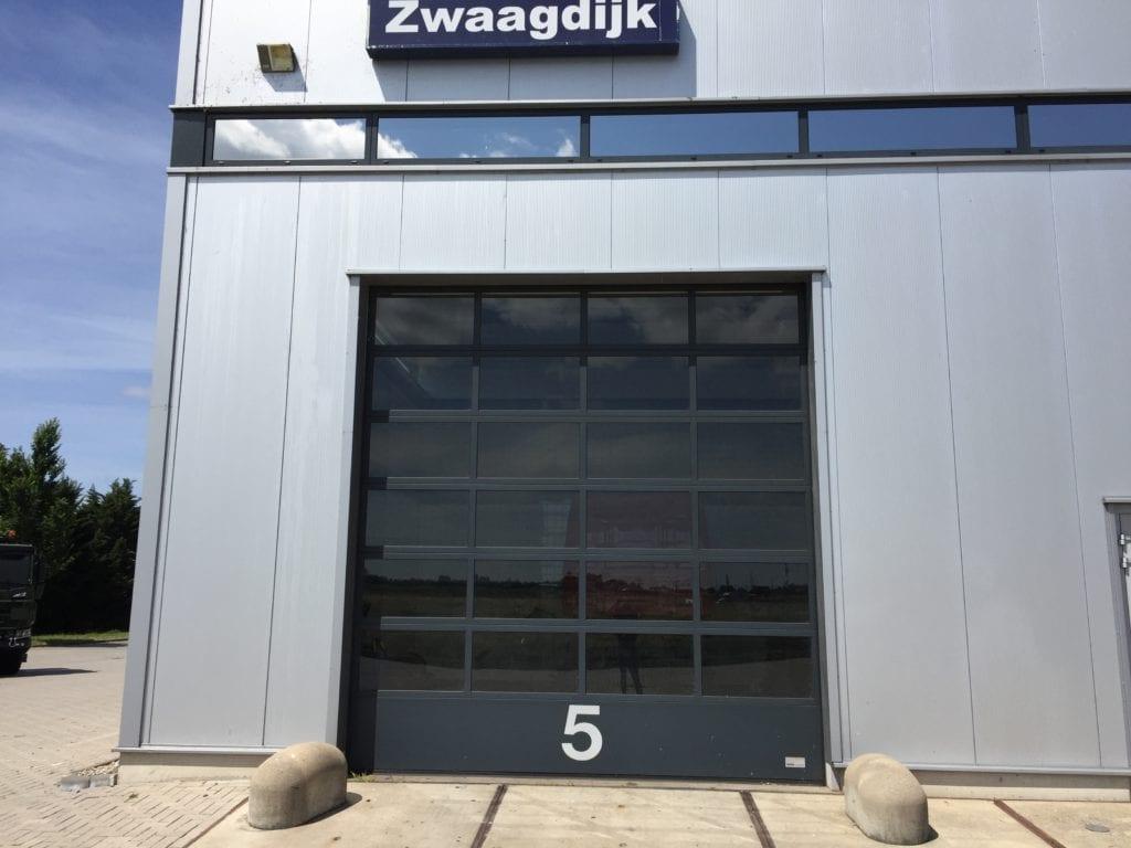 LLumar warmtewerende glasfolie-Scania te Zwaagdijk
