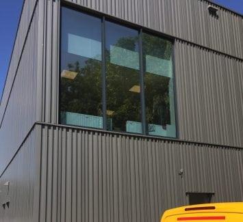 LLumar warmtewerende glasfolie - Praxis te Maastricht