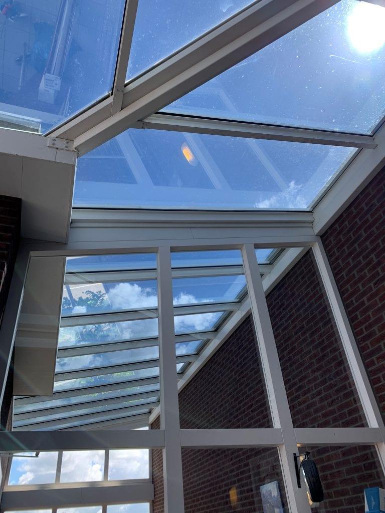 LLumar warmtewerende glasfolie - VvE Haarlem